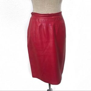 Gorgeous Italian red leather vintage pencil skirt